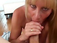 Mature, blow, Mature kinky, Mature blows, Moms boobs, Mom kinky, Mom a daugther