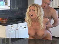 Kitchen, Blonde, Hardcore, Mom, Blond