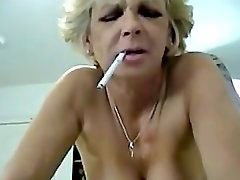 Mom, Smoking mature, Smoking moms, Smoking mom, Smoke mom, Mature smoking