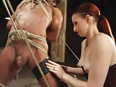 Strap on domina, Euri, Dominare