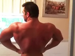 Musculosos dominantes gay, Musculosas dominantes, Dominancia gay, Dominacion gay, Fisiculturista