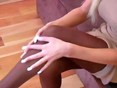 Amy reid, Pantyhose strip, Pantyhose off, Stripping off, Strip her, Ami reid