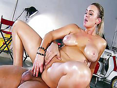 Abbey brooke, Abbey, What can i do, What you doing, Shows me, Brazzeres