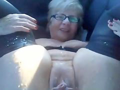 Grannie squirting