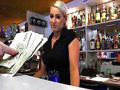 Bartender, Paying, Tit bar, Pay
