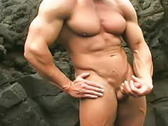 Bodybuilder, Bodybuilders, Outdoor wank, Wank outdoor, Wanking outdoor, Showoff