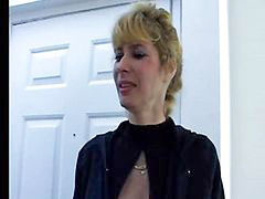 Mom, Moms, Mature, Mom sex, Amateur mature, Mature amateur
