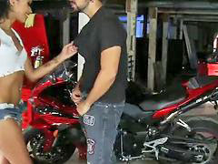 Skin diamond, Garage