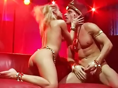Stage, On stage, Sex on stage, Duree, Public sex on stage, Striptease show