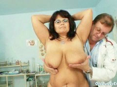 Gyno, Mature huge tits, Doctors, Doctor mature, Mature huge, Mature gyno
