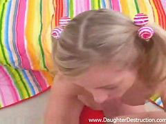 Daughter, Gape