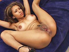 Tanned, Threesome piercing, Natalie, Česé, Tanning, Latin cream