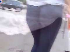 Tight jean, Tight ass teen, The walking, Teens in tights, Teen round ass, Teen in the street