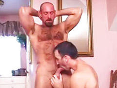 Daddy gay, Hairy