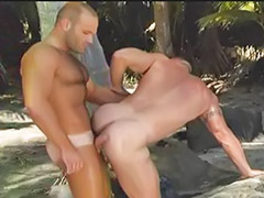 Sex  hunk, Outdoor love, Gay in outdoor, Hunk sex, Hunk cum, Gays in love