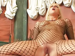 Bathing anal, Sophie blowjob, Sophie anal, Blowjobs bath, Bathroom deepthroat, Bath blonde