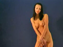 Stripdance, Babe lingerie solo, Raven haired