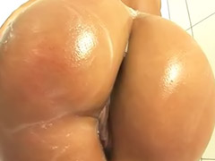 Soap, Curves, Curved, Curve girls, Curve blonde, Curve