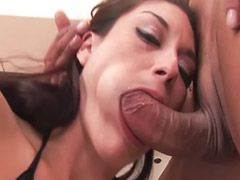 Couple knows how to, Suck to cum