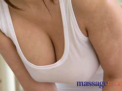 Massage rooms, Oil massage, Massage room, Massage oil, Massages rooms, Massages room